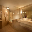 130x130 sq 1458135041858 med res mayfair513 bath retouch