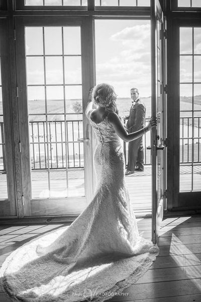 1524485686 Da993c28243638f3 1524485685 A0158d30b8e45fa2 1524485682400 3 Harvest View B W Harrisburg wedding photography
