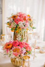 220x220 1425340580970 graydon hall wedding styled shoot 0012