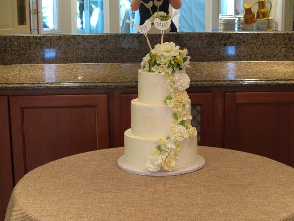 1388961465964 Img009 Lewes wedding cake