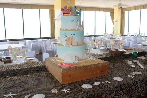 1453051643440 Diana Lewes wedding cake