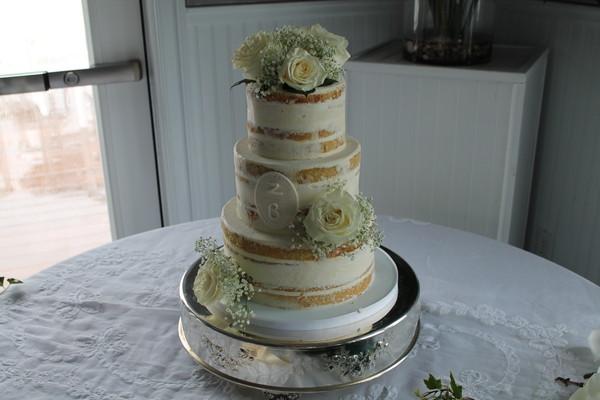 1453052299151 Img2862 Lewes wedding cake