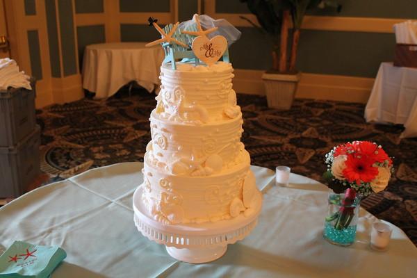 1453052578420 Heritage Lewes wedding cake