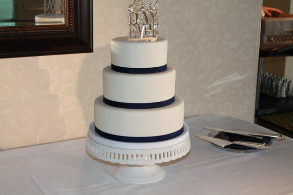 1453053178427 Carly 1 Lewes wedding cake