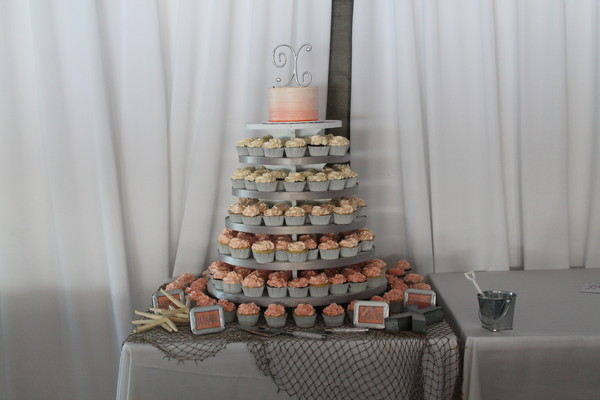 1453053297735 Ivy Ombree Lewes wedding cake