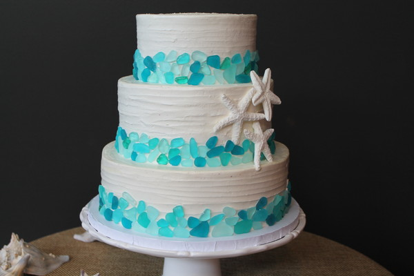 1453053411013 Seaglass Lewes wedding cake