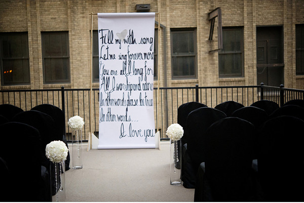 modern black white altar arch arrangements modern space outdoor