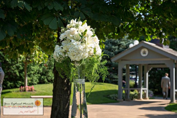 First Comes Love Weddings Amp Floral Designs