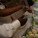 130x130_sq_1232936896375-cakecutting