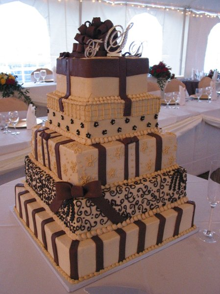 chocolate brown and gold wedding cakes southern blue celebrations brown wedding cake ideas 12689