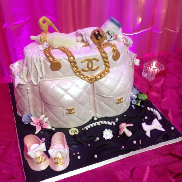 1420678746046 Chaneldiaperbag Forest Park  wedding cake