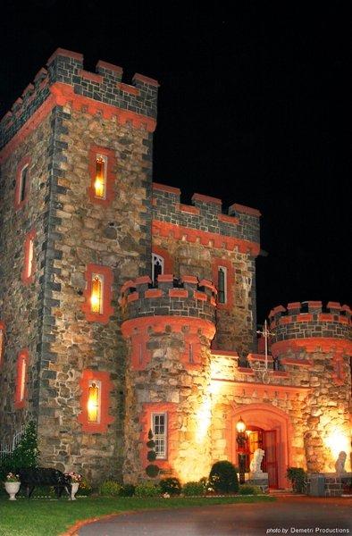 Searles Castle At Windham Wedding Venue
