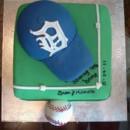 130x130 sq 1421414181119 baseball diamond with fondant detroit tigers hat 2