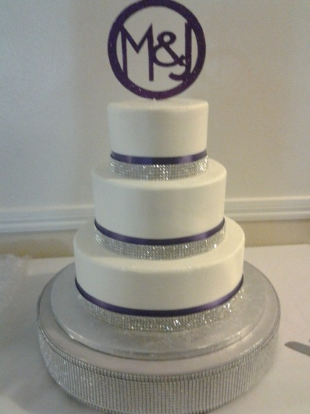 wedding cake ribbon with rhinestones christine s cakes and pastries shelby township mi 23689
