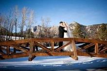 220x220 1447694622 60429de470b35a0c winter wedding