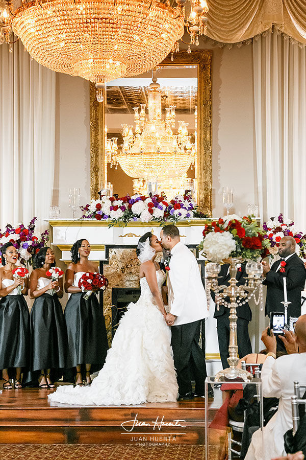 Houston wedding venues reviews for 373 venues chateau crystale junglespirit Images