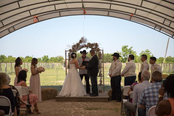 Magnolia Flattu0026#39;s Ranch - Katy TX Wedding Venue