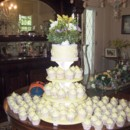 130x130_sq_1403573814854-white-wedding-cupcakes-136