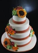 220x220_1394882066540-multiflowerweddingcake