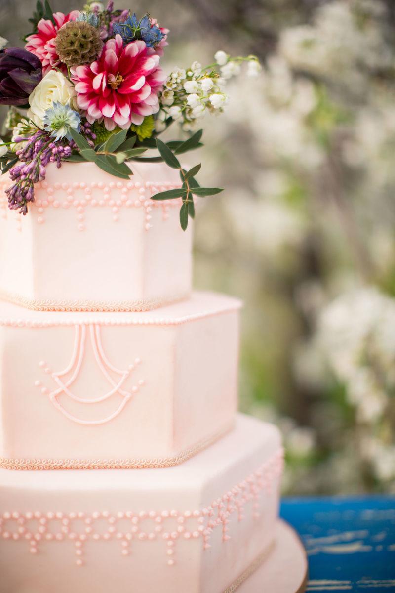 Flourgirl Patissier Wedding Cake Sister Bay Wi