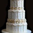 130x130 sq 1318946505567 classicweddingcake