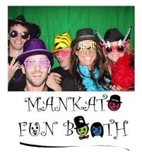 220x220_1351030332477-mankatofunbooth