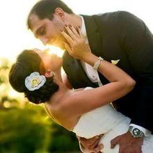 220x220 sq 1503955554 39c81f0464a342fe wedding photoshoot arsen kristina 072912 b 357 edit