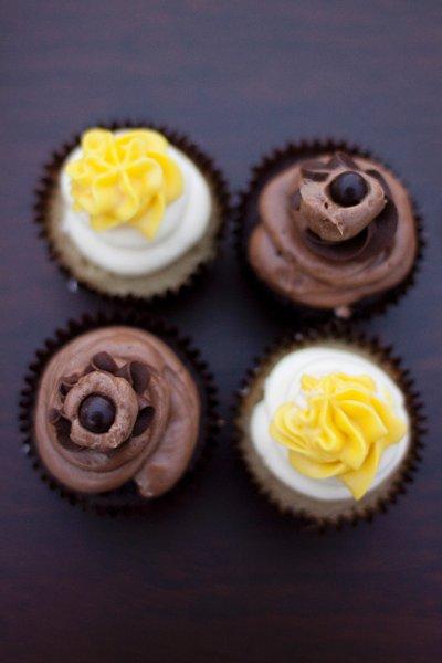600x600 1323313051787 simplyblisscupcakes025
