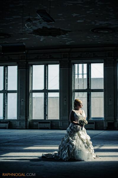 600x600 1432669422156 bride and king edward hotel abandoned ballroom 1
