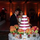 130x130_sq_1337306832704-couplecuttingcake
