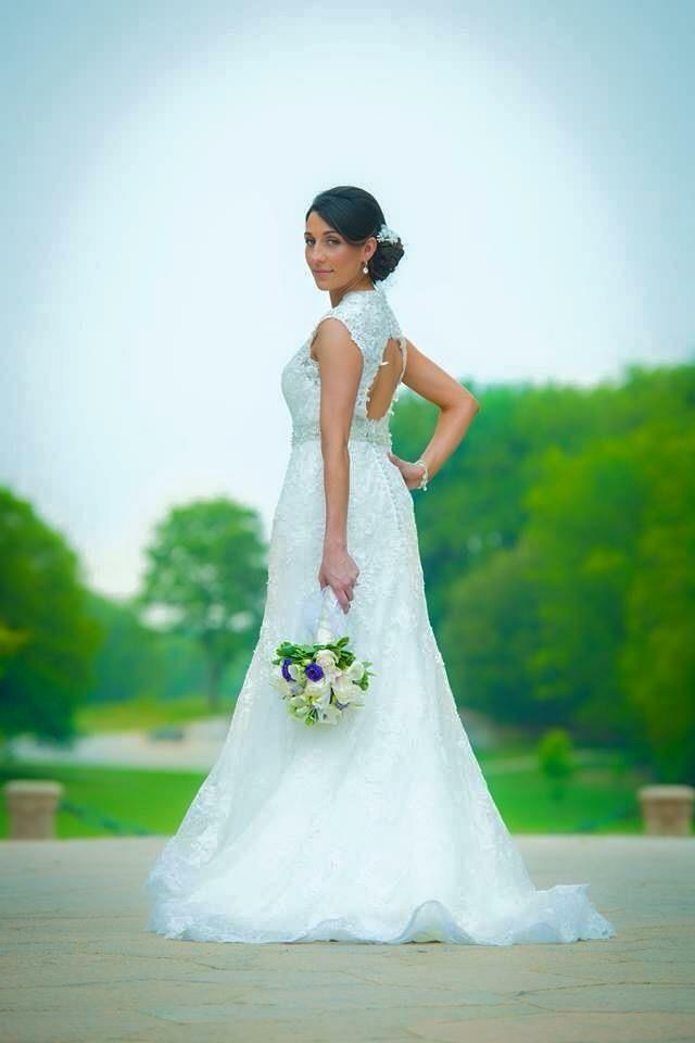 Aloi artistry reviews philadelphia pa 13 reviews for Wedding dress rental philadelphia