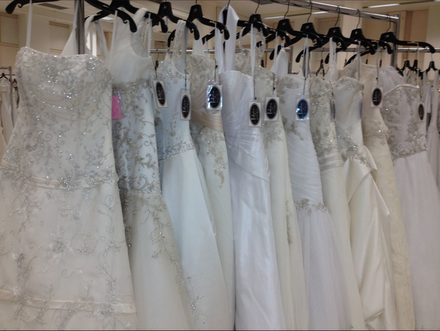 Eugene wedding dresses 21 eugene bridal shop reviews for Wedding dresses eugene oregon