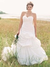 David's Bridal Woman 9WG3444 Dropped Waist Strapless Sweetheart Wedding Gown