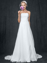 David&#39;s Bridal Collection Style V9409  <br /> Chiffon A-line Gown with Side Draped Bodice