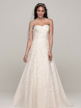 David's Bridal Collection Style V3587  Sweetheart Tulle A Line Gown with Lace Appliques