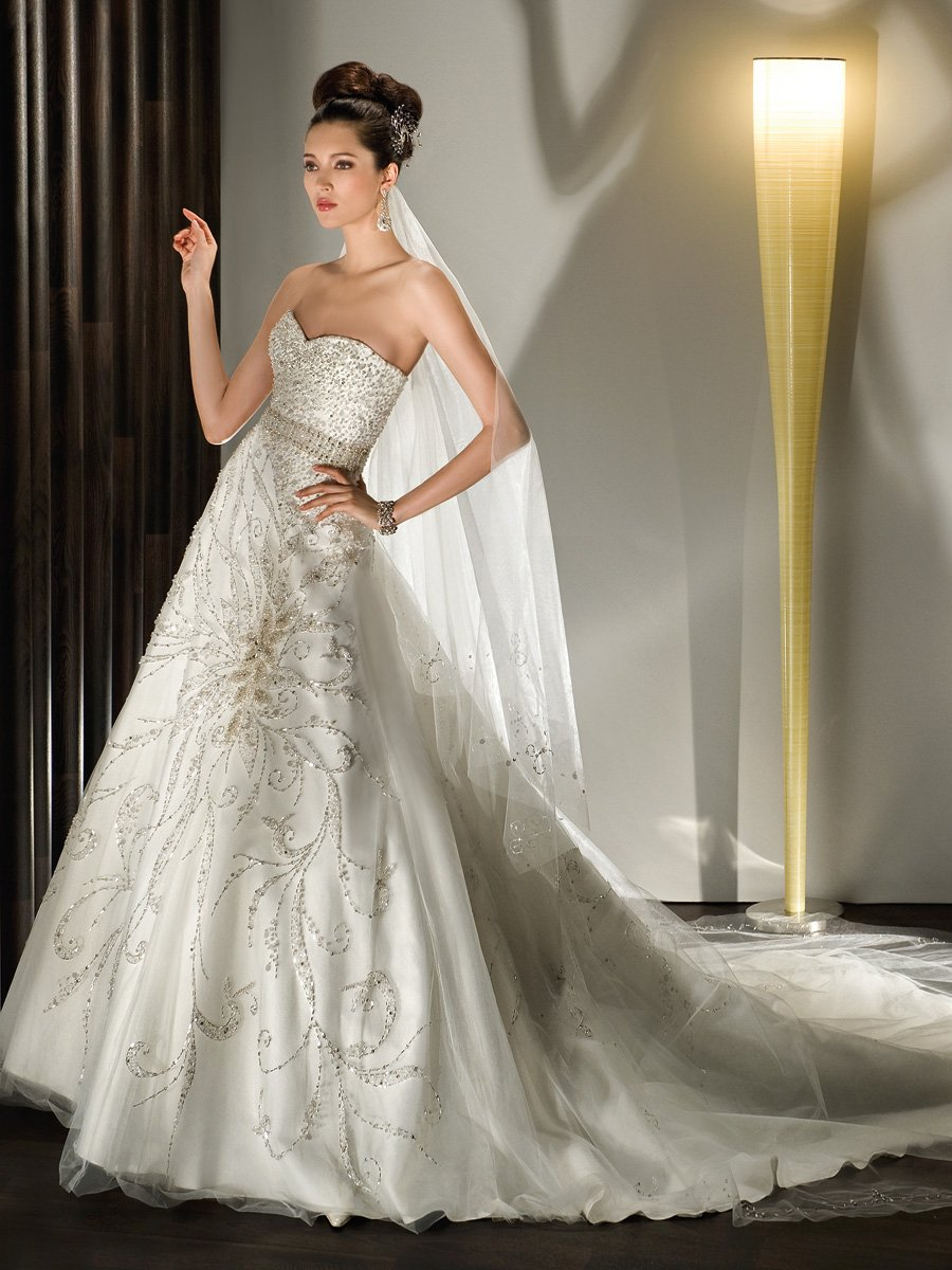 Demetrios Wedding Dresses : Wedding photos pictures weddingwire