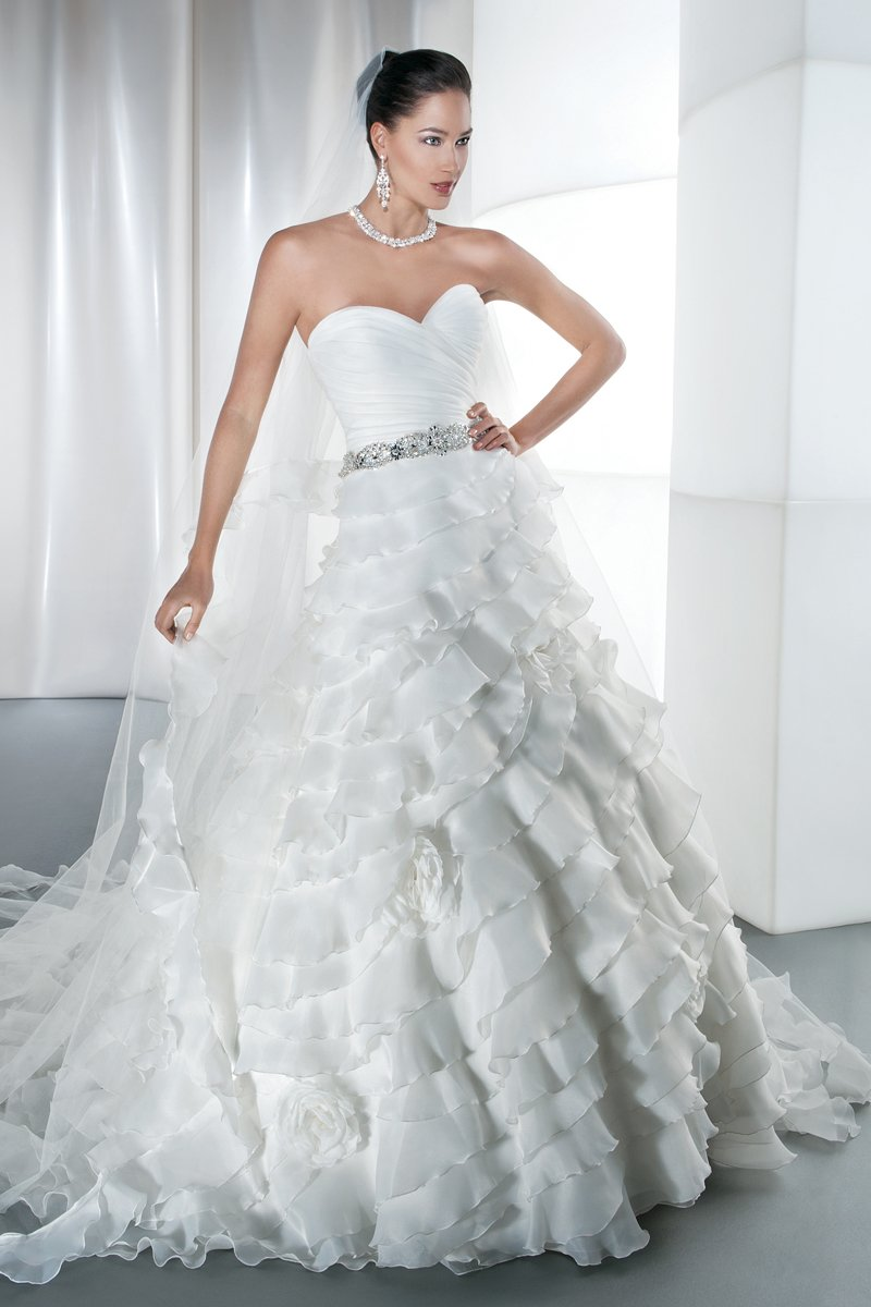 Demetrios wedding dresses chicago : Wedding photos pictures weddingwire