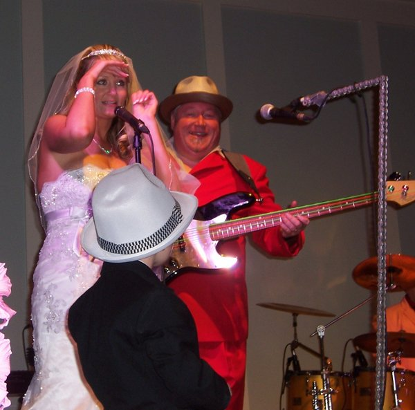 photo 1 of Chicken on the Bone Wedding and Party Band