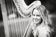 Diana Elliott, harpist photo