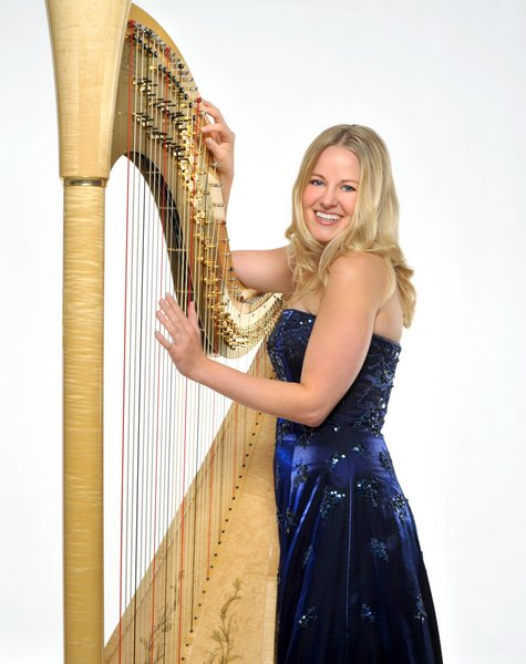 photo 3 of Diana Elliott, harpist