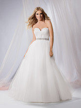 Reflections By Jordan M359 Shown in Diamond White…Knotted Tulle bodice with sweetheart neckline. Buttons and loops over zipper. Full Tulle ballgown skirt with chapel train. Separate beaded belt. Removable spaghetti straps included.