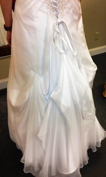 1378932269336 Bustle 4 Orchard Park wedding dress