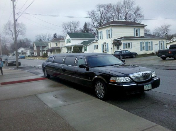 photo 7 of Grand Carriage Limousine and Executive Transportation LLC