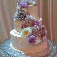 220x220 sq 1519318371 877033d3bfe22b45 1519318368 e5ac686f5c755960 1519318364716 3 cake with purple
