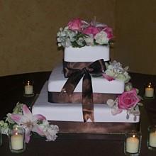 220x220 sq 1216945208950 cake127