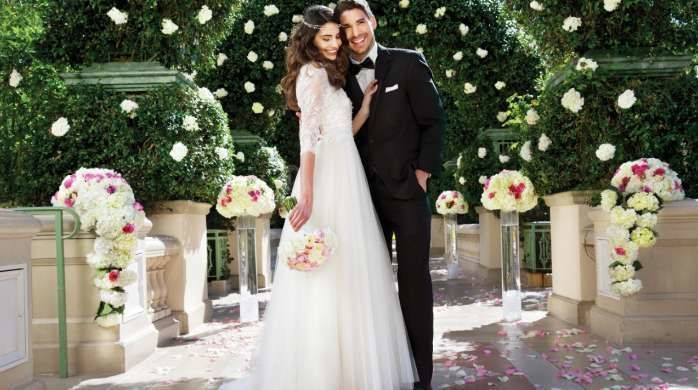 Bellagio weddings venue las vegas nv weddingwire for Las vegas wedding dress rental prices