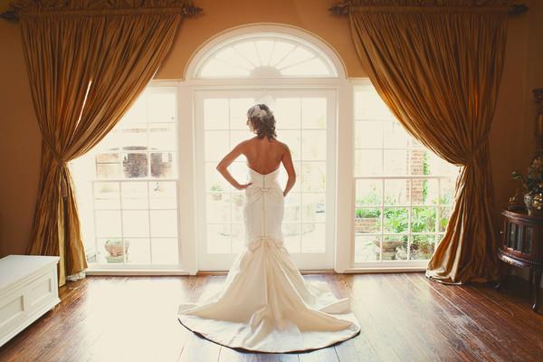 White oak plantation baton rouge la wedding venue for Wedding dress cleaning baton rouge
