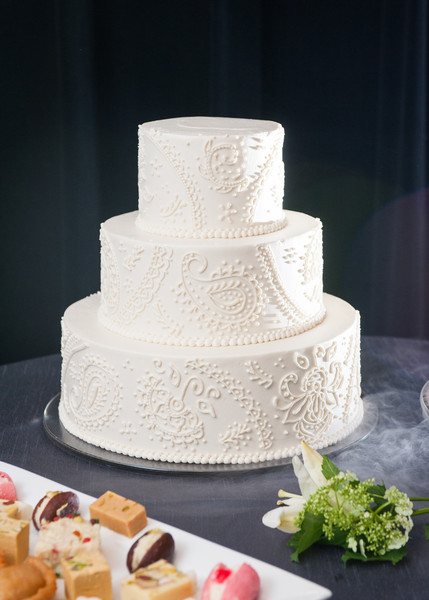 dream cakes portland or wedding cake. Black Bedroom Furniture Sets. Home Design Ideas