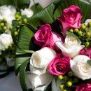 130x130 sq 1231790625640 bouquetcloseup