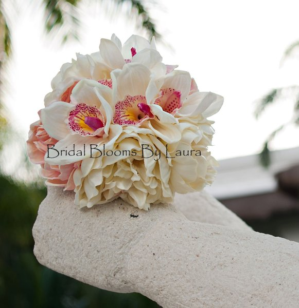 photo 1 of Bridal Blooms By Laura